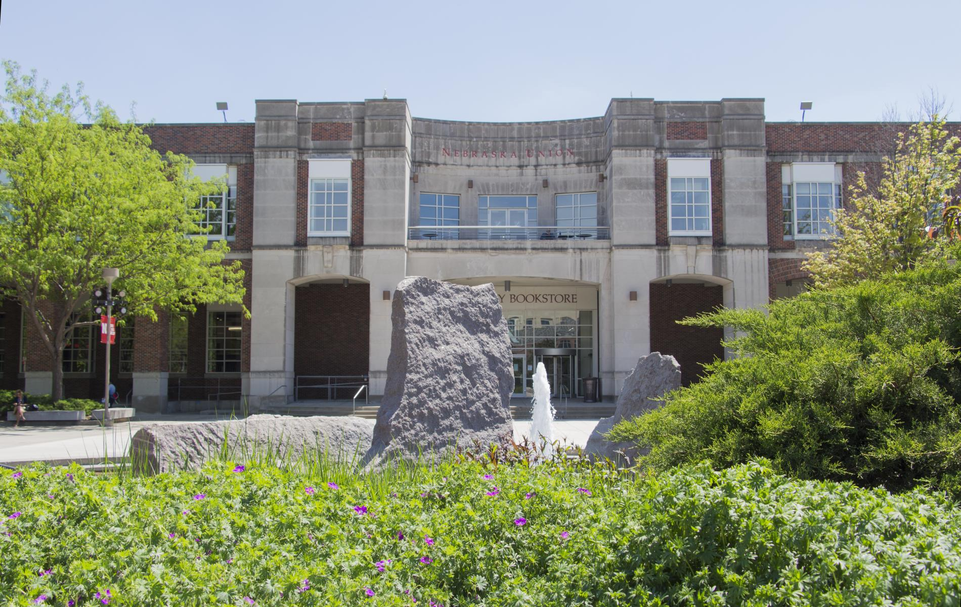 North elevation of the Nebraska Union, outdoor plaza, and Broyhill Fountain.